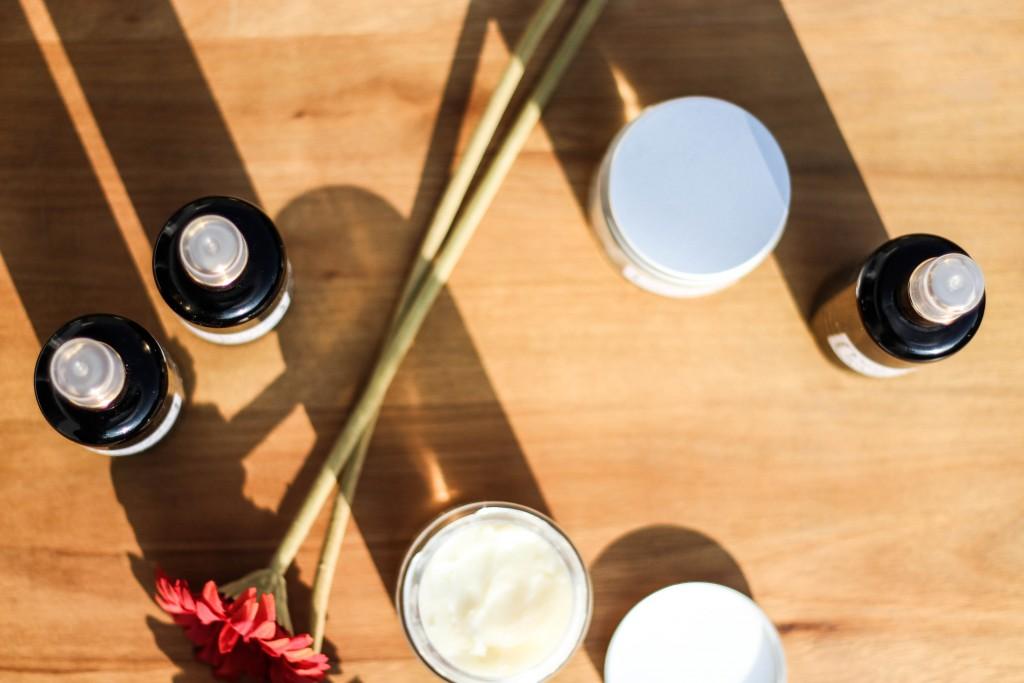 easy vegan natural cosmetics diy make up remover and body spray j ckle und h sle. Black Bedroom Furniture Sets. Home Design Ideas